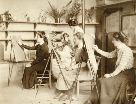 Women teachers drawing class