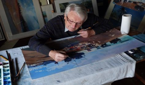 Ian Potts in his studio