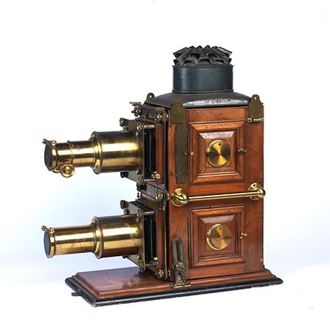 Biunial-lantern_472