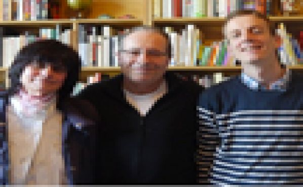 Author Peter James meets literature students